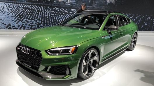 """В Нью-Йорке представлена новая """"злая пятидверка"""" от Audi"""