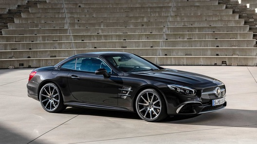Mercedes-Benz попрощается с родстером SL особой версией