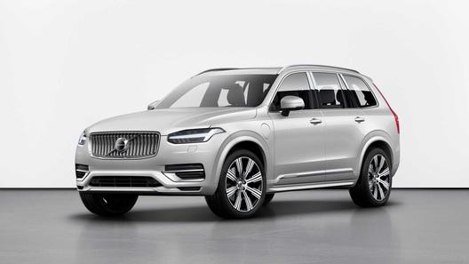 Обновленный Volvo XC90 - минимум изменений, максимум пользы