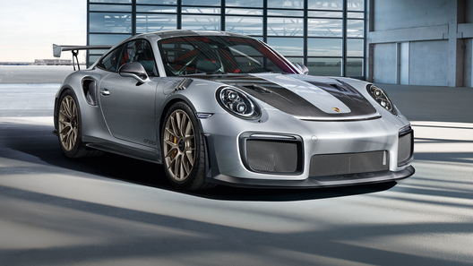Porsche построит суперкары взамен утонувших в морской пучине
