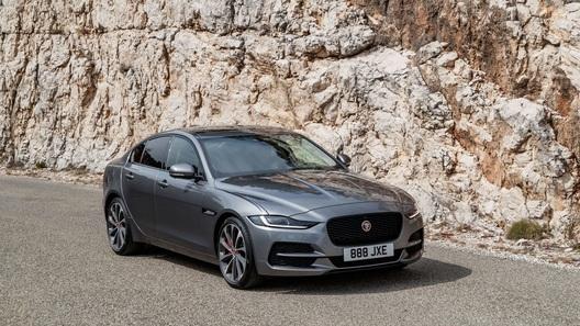 Обновленный Jaguar XE добрался до России