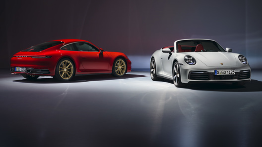 Представлена базовая версия нового Porsche 911: известны цены