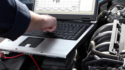 Цифра вместо бумаги: Hyundai в России переходит на электронные документы