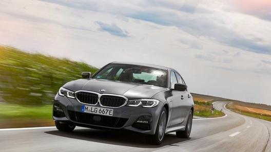 BMW 3 Seri ak kilomèt gaz 1,7 l / 100 km sou vant