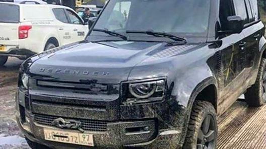 Первый новый Land Rover Defender уже получил российские номерные знаки