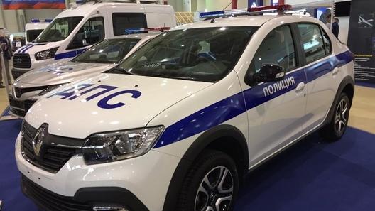 Пополнение в ДПС: Renault Logan Stepway получил полицейские погоны