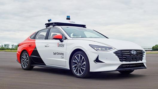 Яндекс покоряет США: российские роботакси запустят на дорогах Детройта
