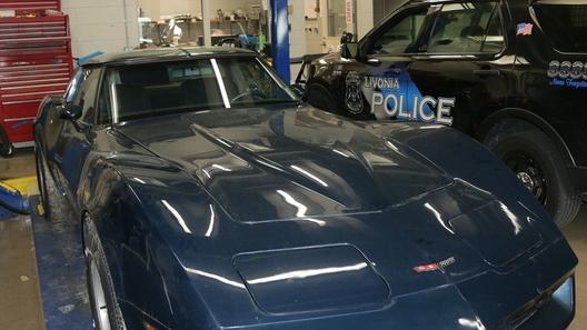 Спустя 38 лет найден угнанный Corvette. Но хозяину его могут не вернуть