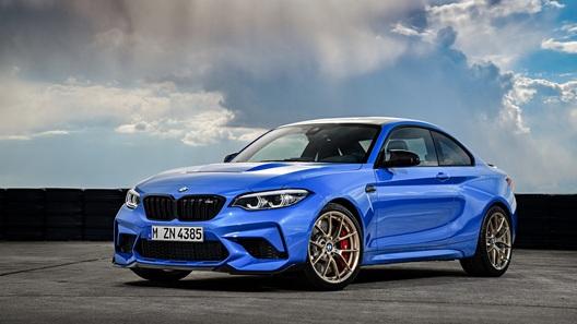 BMW опубликовала тизер M2 CS Racing с карбоновой крышей