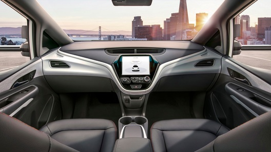GM может вывести на дороги автомобиль без руля