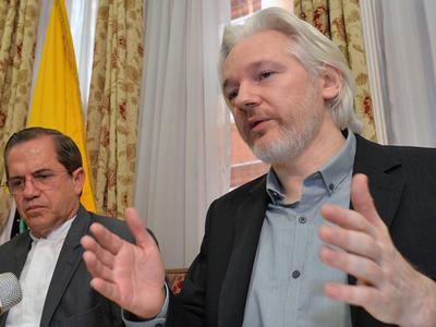 Ассанж назвал возможного крупнейшего спонсора фонда Клинтонов