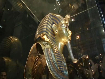 В Египте собрали из кусков статую Рамзеса II