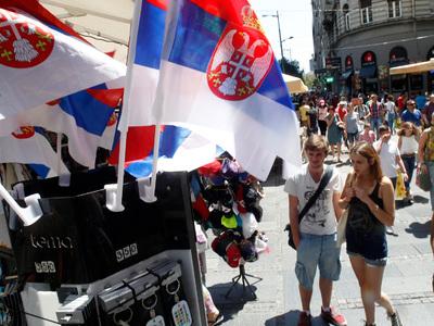 Сербы считают, что политикам надо равняться на Путина