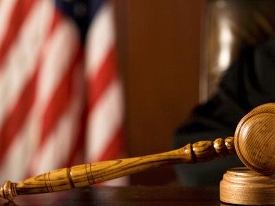 Американский судья убил напавшего на него преступника