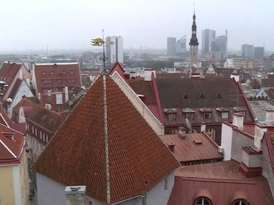 Таллин затопило и побило градом