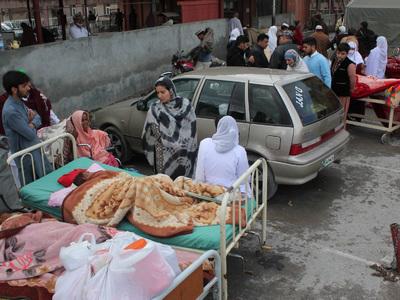 Штормовой ветер в Пакистане унес жизни по меньшей мере девяти человек