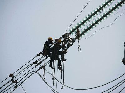 Более 7000 жителей Кемеровской области остались без электричества