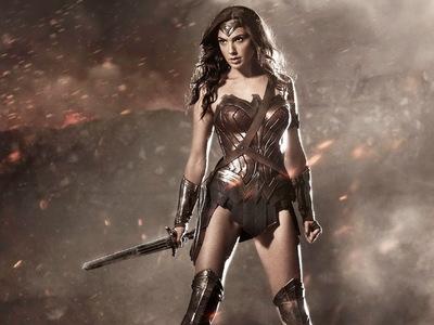 """В Ливане запретили фильм """"Чудо-женщина"""" из-за израильской актрисы"""