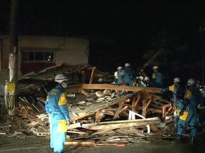 31 человек не смог спастись при двух землетрясениях в Японии