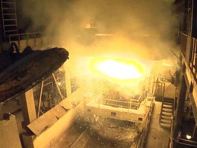 На Ашинском металлургическом заводе взорвалась плавильная печь, погиб человек
