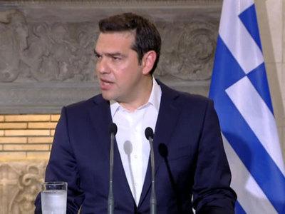 Ципрас призвал Меркель прекратить нападки и клевету