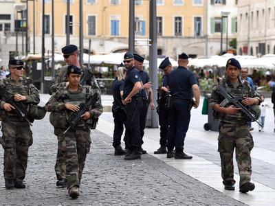 Ночная стрельба в Марселе – два человека погибли, один тяжело ранен