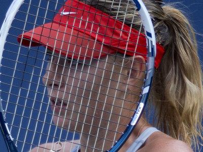 Мария Шарапова проиграла в полуфинале турнира в Штутгарте