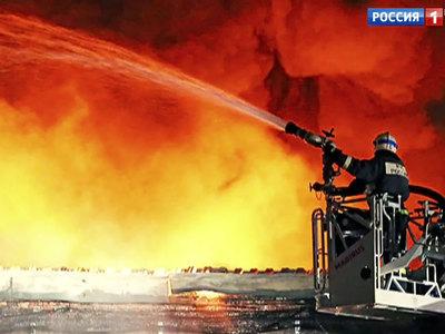 В Смоленске горит швейная фабрика. Есть жертвы