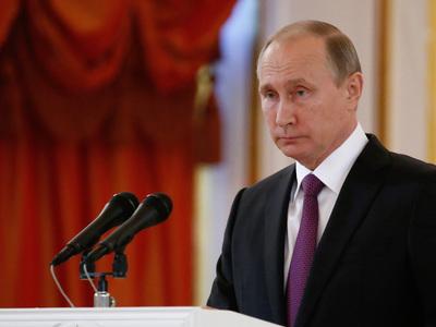 Путин соболезнует в связи с гибелью 16 детей в Италии