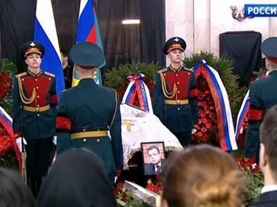 Сослуживцы Андрея Карлова: он никогда себя не щадил и не прятался в кабинете