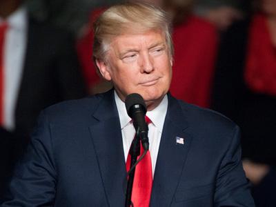 Трамп пожелал скорейшего выздоровления Джорджу и Барбаре Бушам