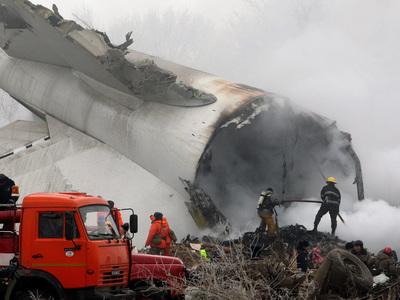 Количество погибших при авиакатастрофе в Киргизии увеличилось до 43 человек