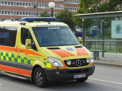 Новая шведская технология не позволит водителям проигнорировать сигнал скорой помощи