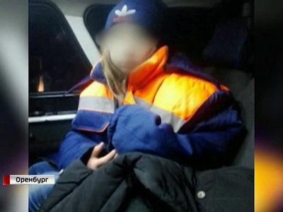 Киднеппинг по-оренбургски: волонтеры отвлекали похитителя, помогая завести машину