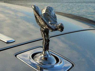 Бизнесмен лишился Rolls-Royce за 25 миллионов в деревне под Питером