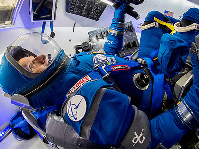 Boeing представил новую модель скафандра для астронавтов