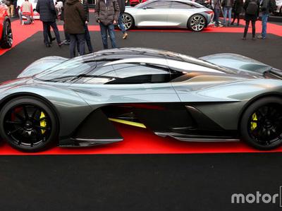 Гиперкар Aston Martin показали публике