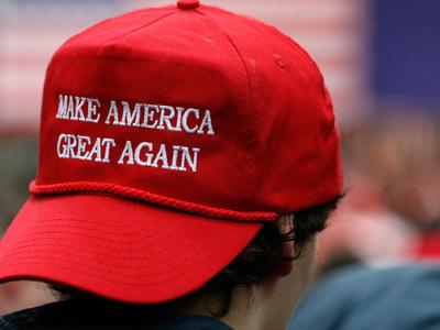 """Американцы заподозрили Трампа в желании сделать """"Россию снова великой"""""""