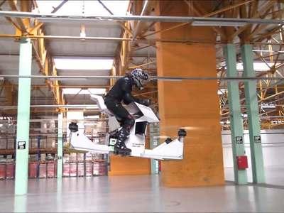 На радость экстремалам: российские инженеры презентовали новую модель ховербайка