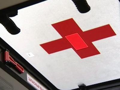 В Энгельсе школьницу едва не убило колесом, отлетевшим от скорой помощи