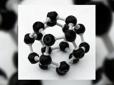 """""""Мячи"""" из атомов углерода эффективно подавили активность ВИЧ"""