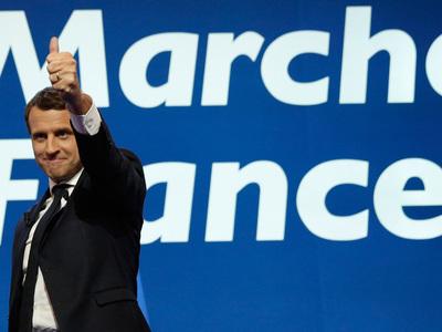 Прогноз: движение Макрона получит большинство мест в парламенте Франции
