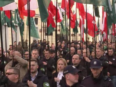 В Варшаве схлестнулись националисты и антифашисты