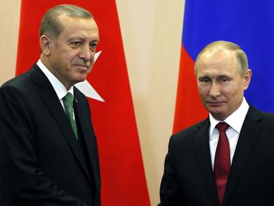 Путин и Эрдоган не обсуждали пролеты российских военных над Турцией