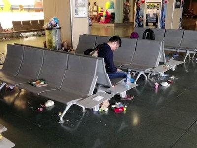 Аэропорт Ибицы превратился в свалку
