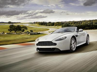 У суперкаров Aston Martin нашли проблемы с коробкой передач