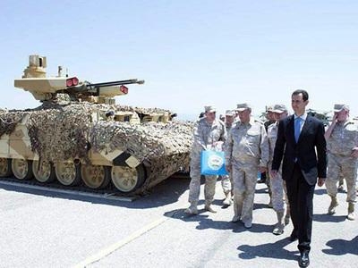 Башар Асад впервые посетил российскую базу в Сирии