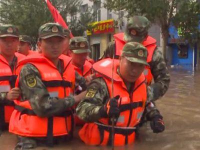 Проливные дожди в Китае унесли жизни 80 человек