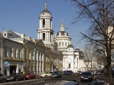 В Москве установят памятники Солженицыну и Айтматову