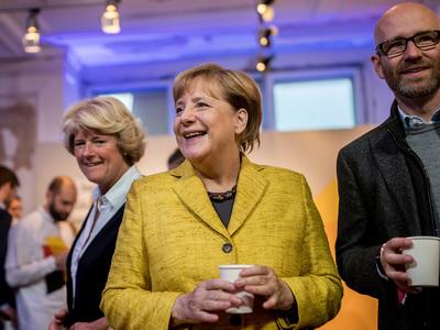 Германия выбирает новое правительство: победа Меркель не вызывает сомнений